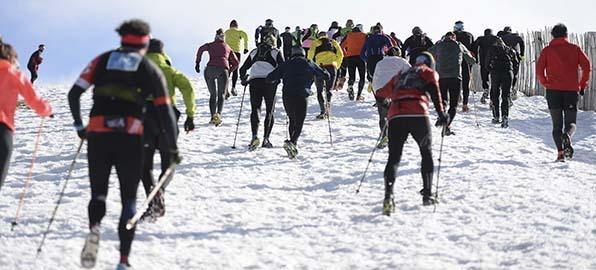 Snowrunning: el nuevo deporte que consiste en correr sobre la nieve