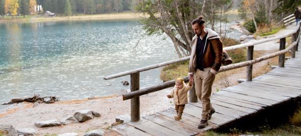 Consejos para hacer senderismo con niños y otras actividades en la naturaleza